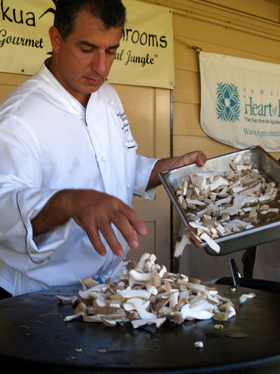 Hamakua_alive_mushrooms_chef_jame_2