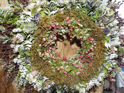 Hawaiian_christmas_wreath_6_sm