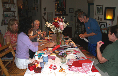 Valentine_sues_party_card_making_gr
